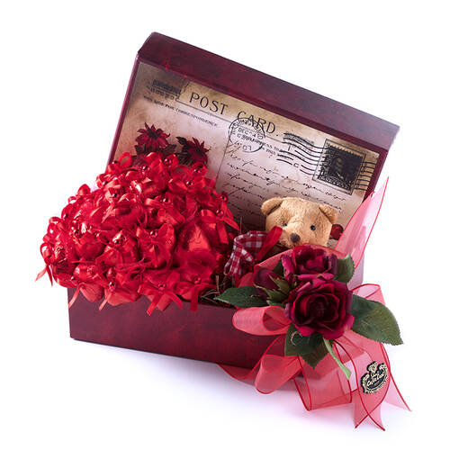 Büyük Boy Posta Kartı Kutuda Spesiyal Çikolata - 31 Adet