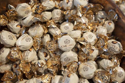 Çikolatalı Karamelli Şeker
