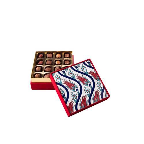 Hediyelik Spesiyal Çikolata Kırmızı Çini Kutu