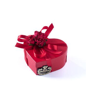 - Karton Kalp Kutuda Spesiyal Çikolata - 3 Adet