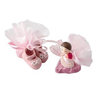 - Kız Bebek Doğum Çikolatası Patik Figürlü