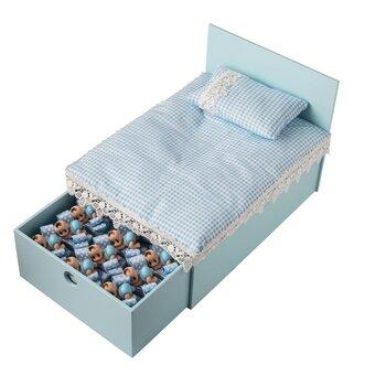 - Küçük Boy Ahşap Yatak Mavi Bebek Doğum Hediyesi 32 Adet Çikolatalı