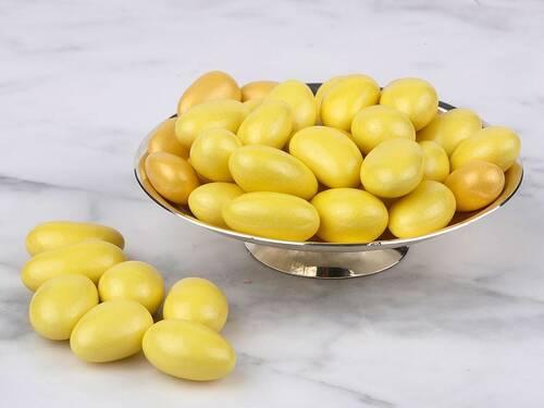 Sarı Renkli Çikolata Kaplı Badem Draje