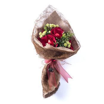 - Sevgililer Günü Spesiyal Çikolata Demeti - 5 Adet Kalp Dekorlu