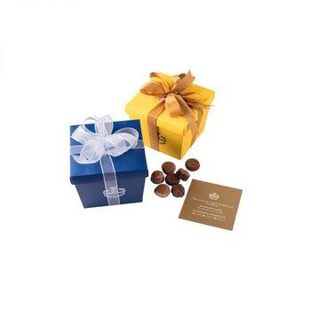 - Spesiyal 27'li Renkli Kutu Çikolata