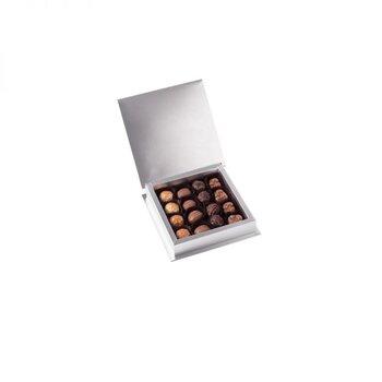 - Gri Kutuda 16'lı Spesiyal Çikolata