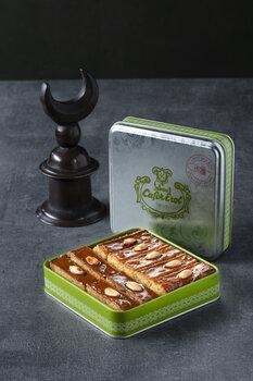 - Yeşil Teneke Kutu - Bademli Şam Tatlısı
