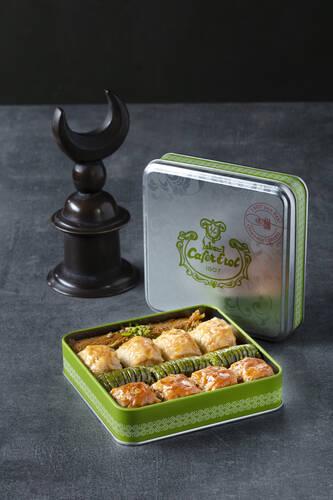 Yeşil Teneke Kutu - Özel Karışık Baklava Çeşitleri